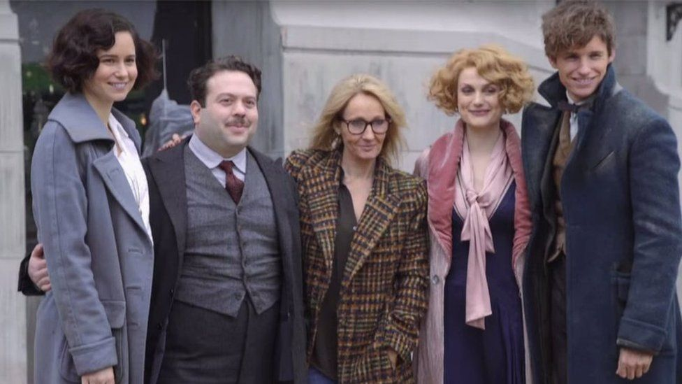 j-k-rowling-with-cast